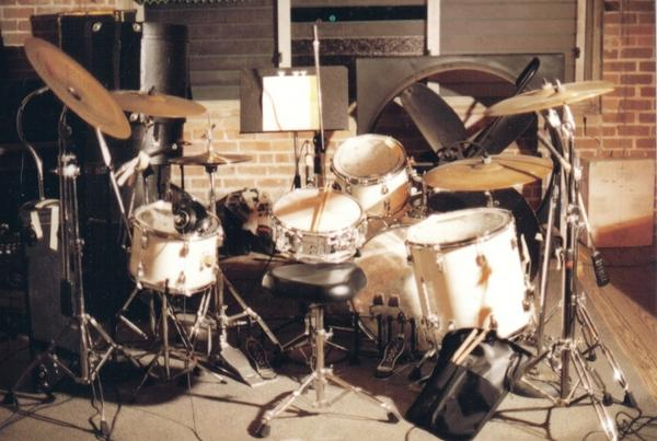 drums_studio2.jpg